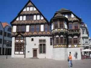 weser_radweg_fachwerkhaus_in_hoexter